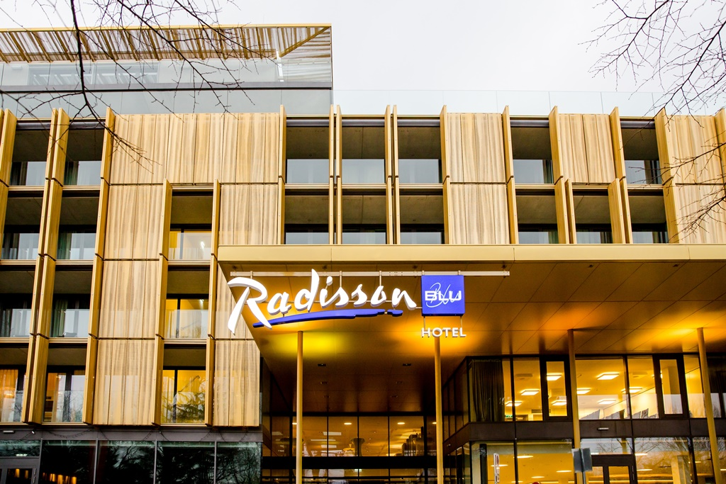 austria trend expands franchise with radisson blu ax travel management. Black Bedroom Furniture Sets. Home Design Ideas